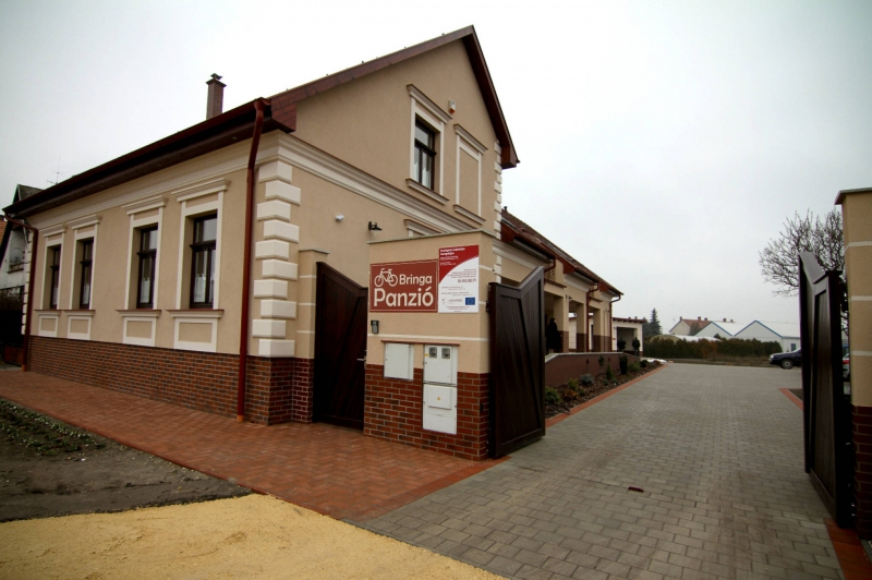 Bringa Panzió-Dunapataj