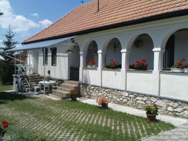 Cseresznyés Vendégház-Bélapátfalva
