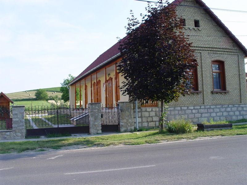 Finta Vendégház-Vékény
