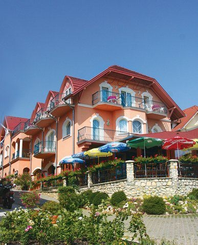 Főnix Club Hotel ***