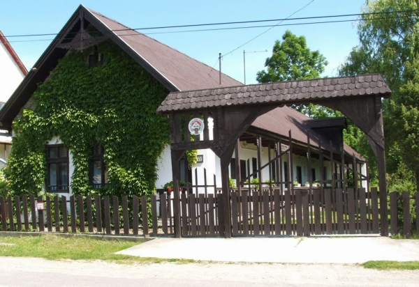 Horváth Kulcsosház Diósjenő