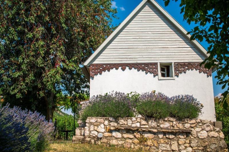 Józsi-s Cottage