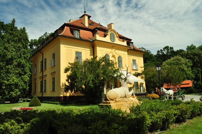 Karapancsai Kastély-Hercegsztántó