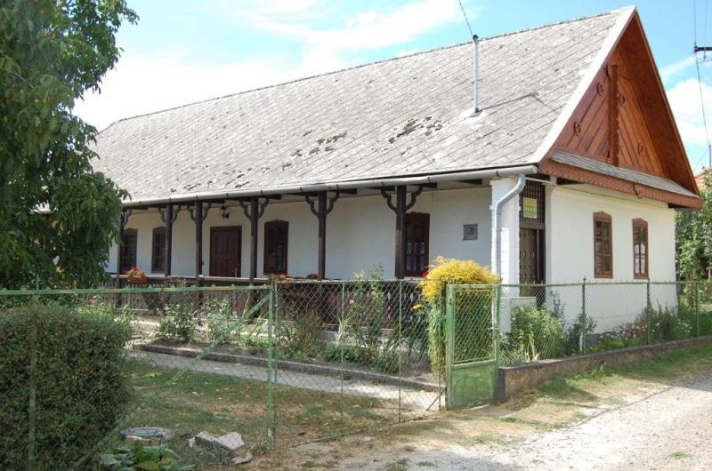 Kedves Néni Vendégháza Domoszló