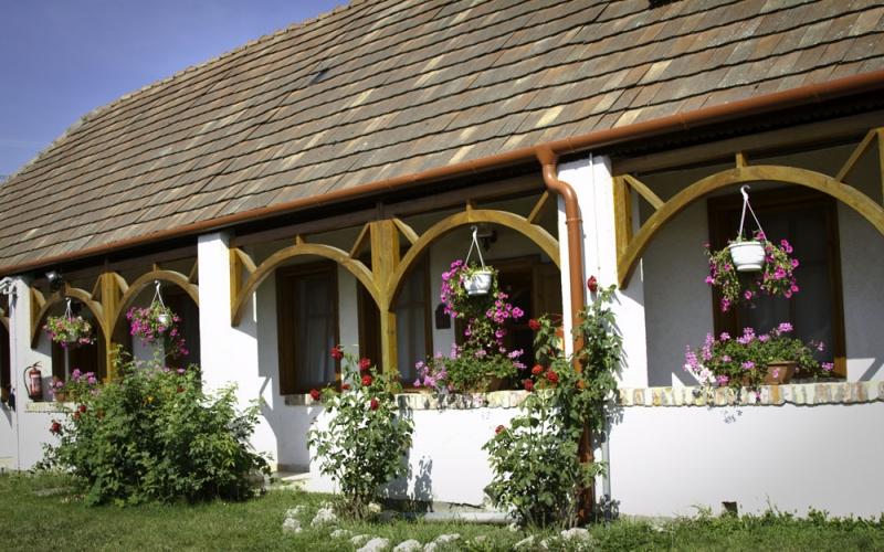 Metzger-ház Vértesboglár