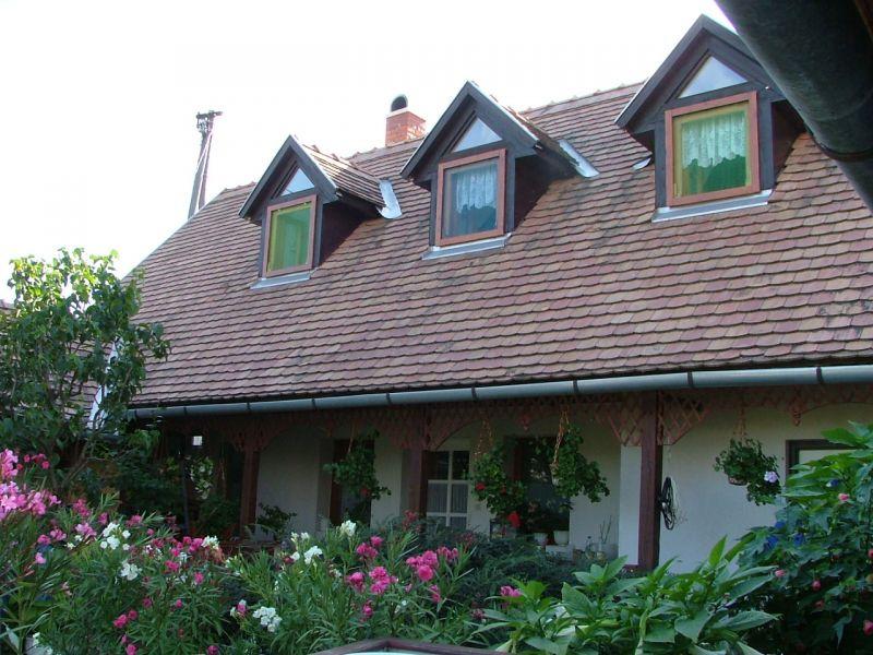 Mézeskalács vendégház-Balatonszőlős