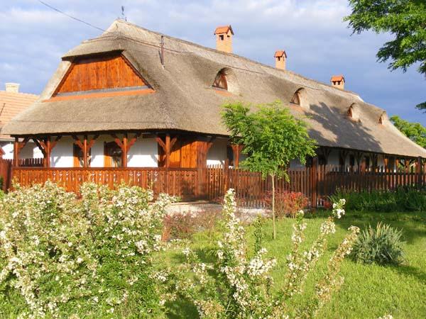 Nádas Vendégház-Tiszanána