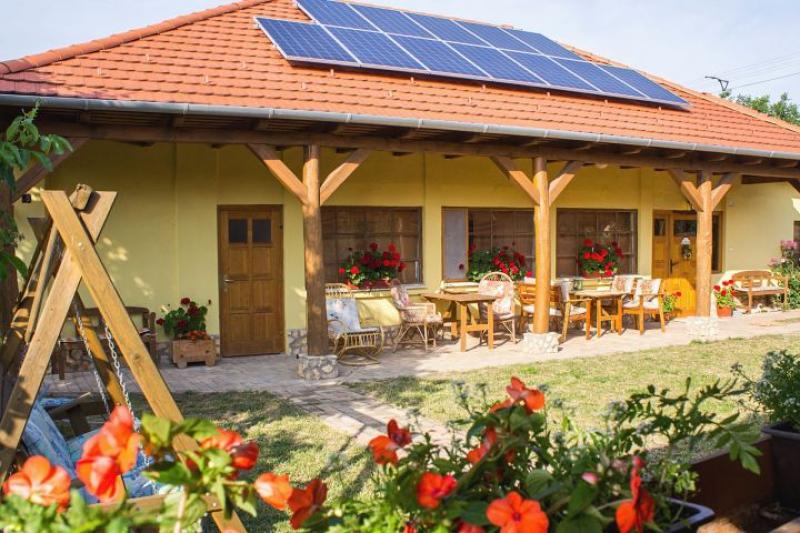 Napsugár Vendégház-Golop