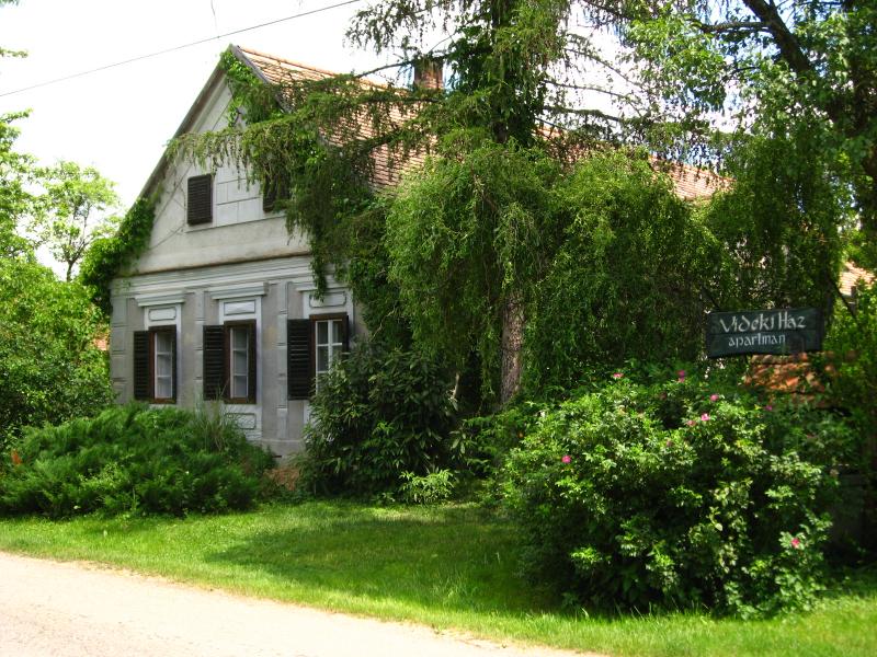 Vidéki Ház apartman