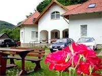 Hudi-Lak vendégház