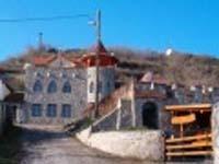 Pesti Patikus Pincéje és Vendégháza-Tibolddaróc